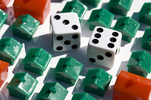 monopoly houses, hotels and dice